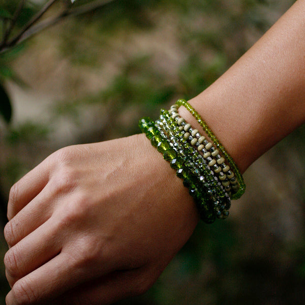 Prelayered Crystal Magnetic & Stretch Statement Bracelet - Peridot Green