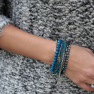 PRELAYERED CRYSTAL MAGNETIC& STRETCH STATEMENT BRACELET: COBALT BLUE