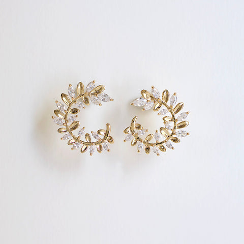 Dewy Vine Post Earrings - Gold