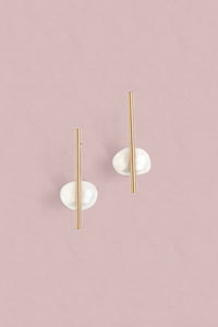 Pearl Bar Post Earrings - Pearl