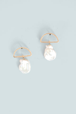 Ocean Inspired Drop Earrings - Pearl