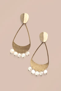 Stone Chandelier Earrings - Pearl