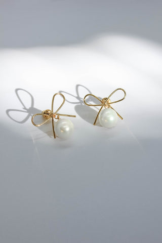 Bow Tie Pearl Post Earrings