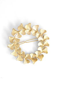 Botan Fern Wreath Statement Clip - Matte Gold