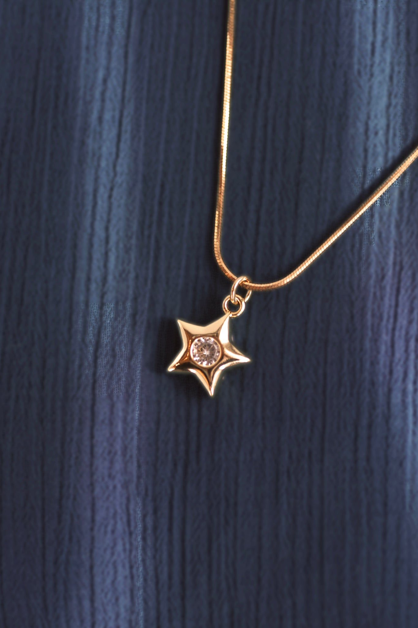 Twinkle Star Gold Necklace