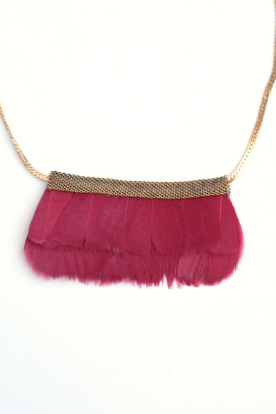 Mesh Feather Bib Statement Necklace - Cherry