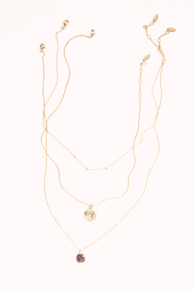 Delicate Necklace Set - Pink