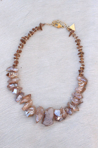 RAW QUARTZ STATEMENT NECKLACE