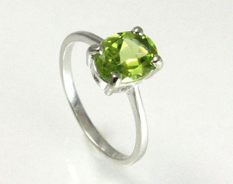 2.14CT 7X9MM GENUINE OVAL PERIDOT SOLITAIRE RING SET IN SOLID 14K WHITE GOLD