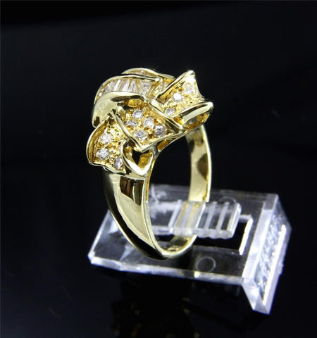 0.90 CTW GENIUNE DIAMOND RING SET IN HEAVY SOLID 18K YELLOW GOLD