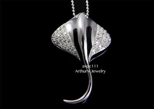 STERLING SILVER 925 HAWAIIAN SHINY STINGRAY FISH PENDANT CZ