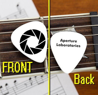 Portal 2 Video Game Aperture Laboratories Labs Set of 3 Promo Guitar Pick Pic
