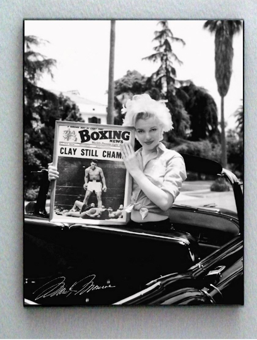 Framed Marilyn Monroe holding Muhammad Ali Boxing Magazine faux signed autograph Limited Edition , Other - n/a, Final Score Products