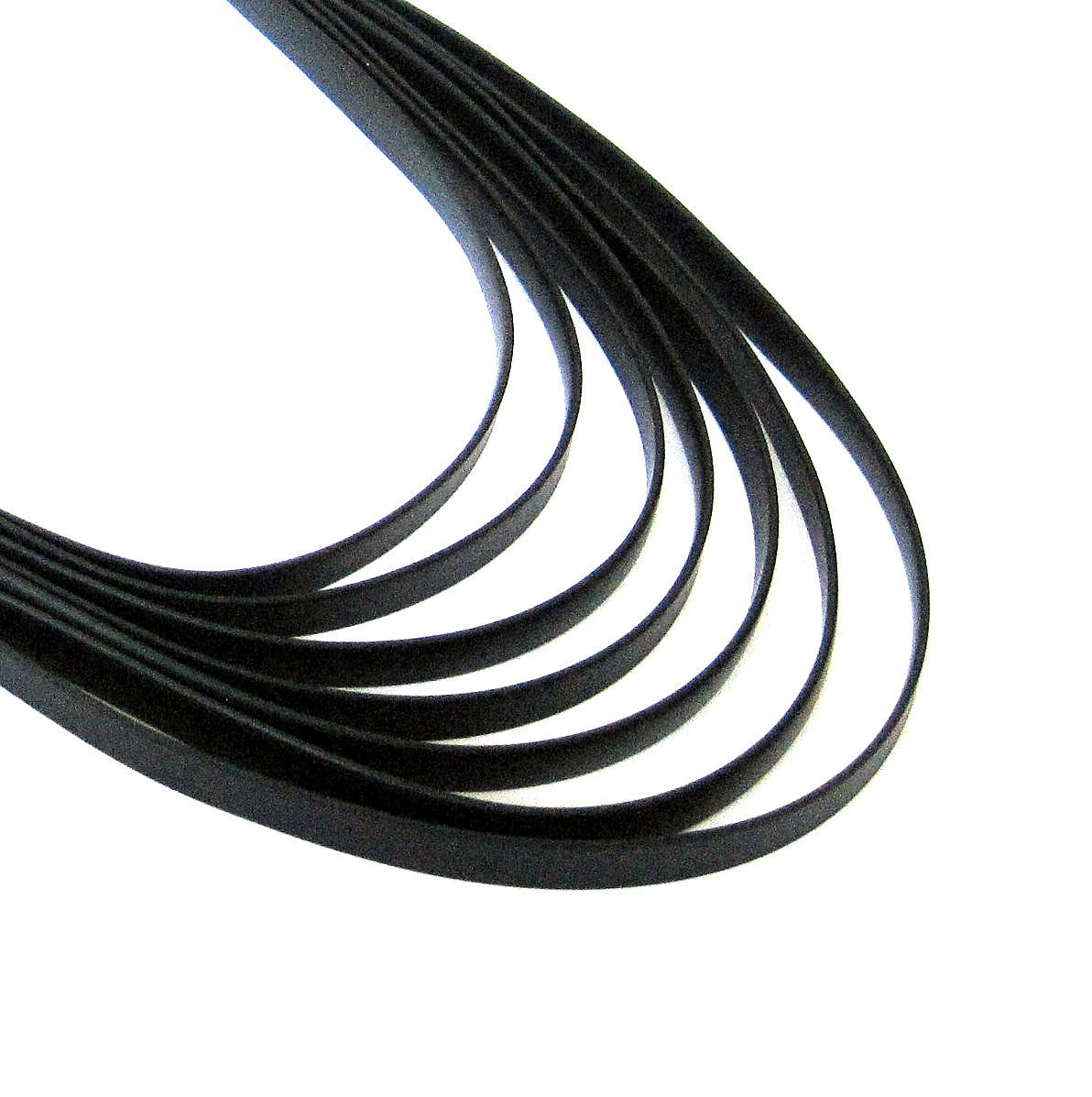 rubber necklace with 7 strips