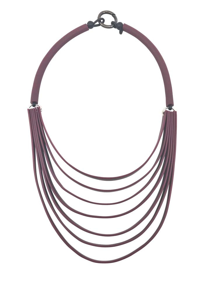 strip necklace