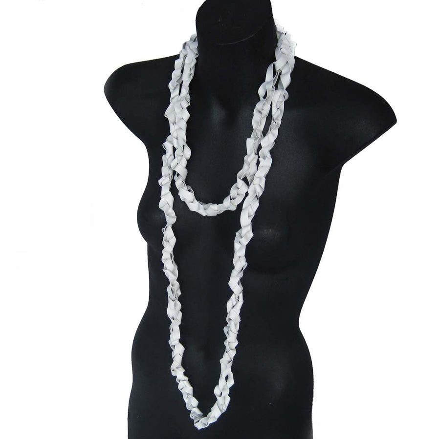chaotic necklace wide rubber