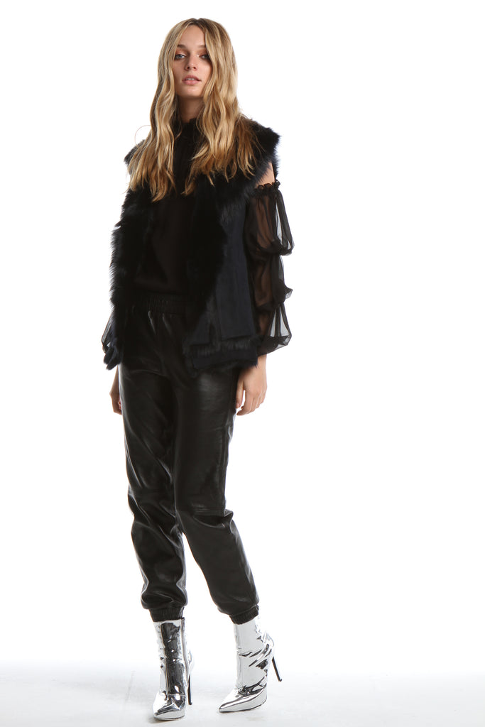 Gala Gilet in Black OR navy