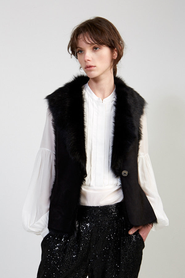 Classic Gilet in Solid Black
