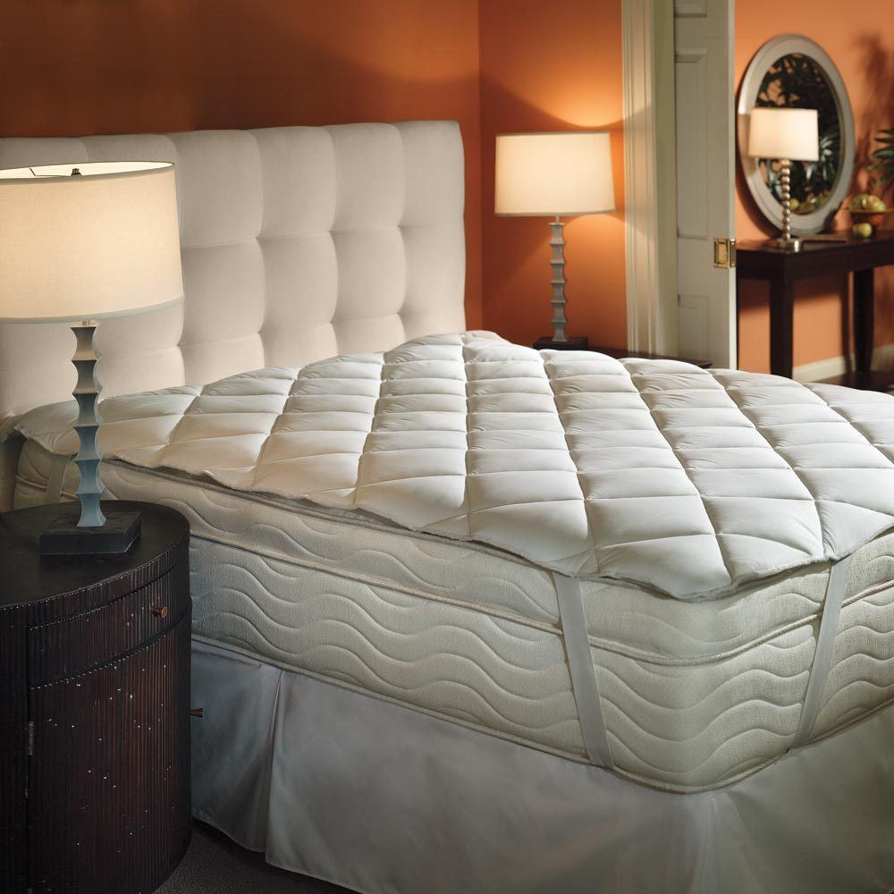 Downlite Hotel Ultraplush Mattress Pad Topper With Anchor Bands