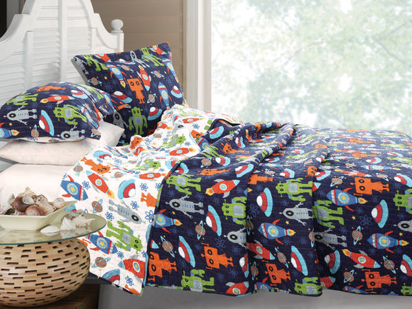 Greenland Home Fashions Robots in Space Quilt Set