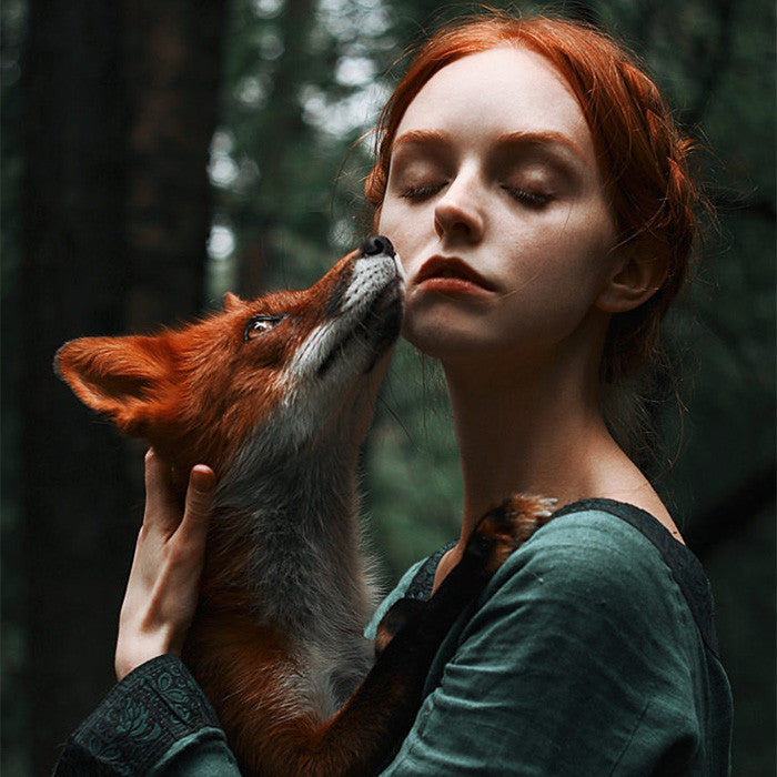 These magical photos of two redheads with a red fox are proof that gingers are majestic
