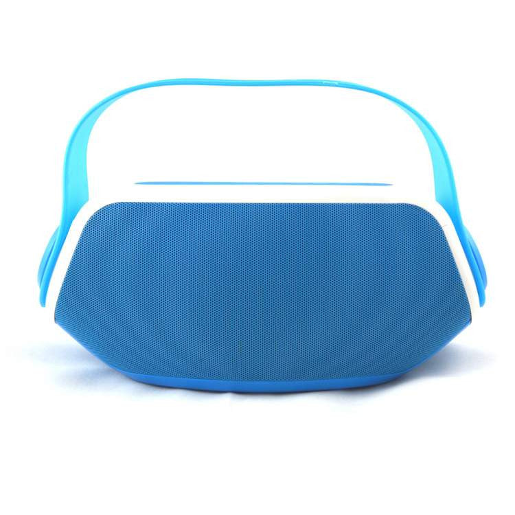 High Quality Bass Effect splash proof Bluetooth Speaker Clutch Shape