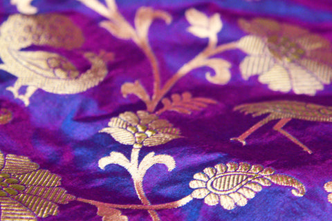 Shot Color Effect in Banarasi Brocade Fabrics