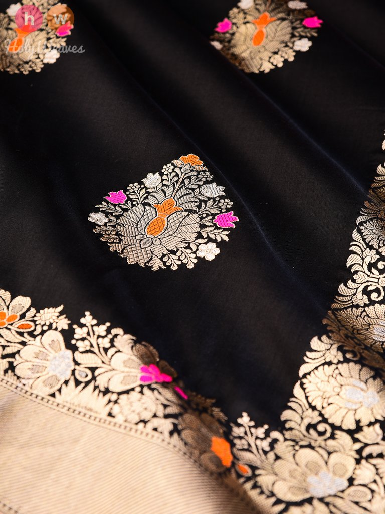 Black Handwoven Katan (कतान) Silk Kadhuan (कढ़ुआँ) Brocade Dupatta - HolyWeaves