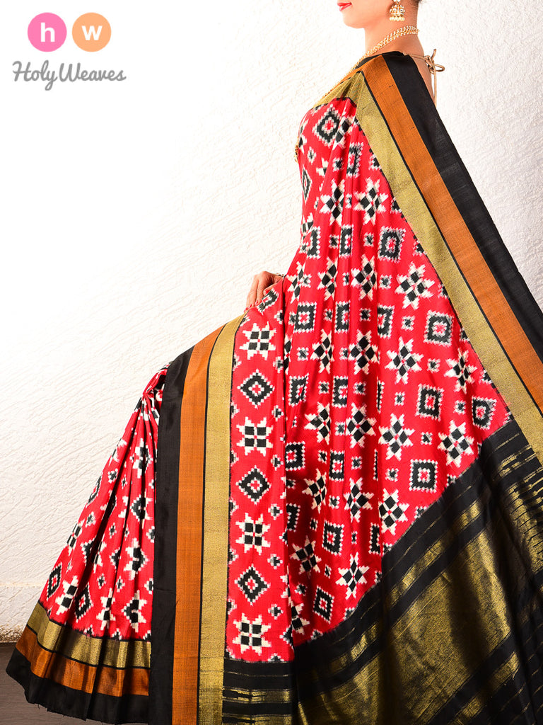 Red Pochampally Double Ikat Handwoven Silk Saree - HolyWeaves