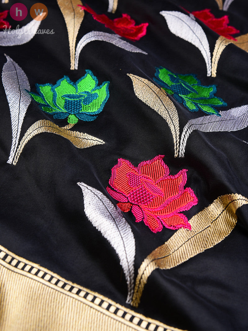 Black Silk Kadhuan Brocade Handwoven Saree - HolyWeaves