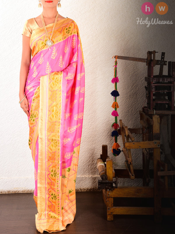 Light Pink Fern Patola Ikat Handwoven Silk Saree With Cream Pallu & Blouse piece- HolyWeaves