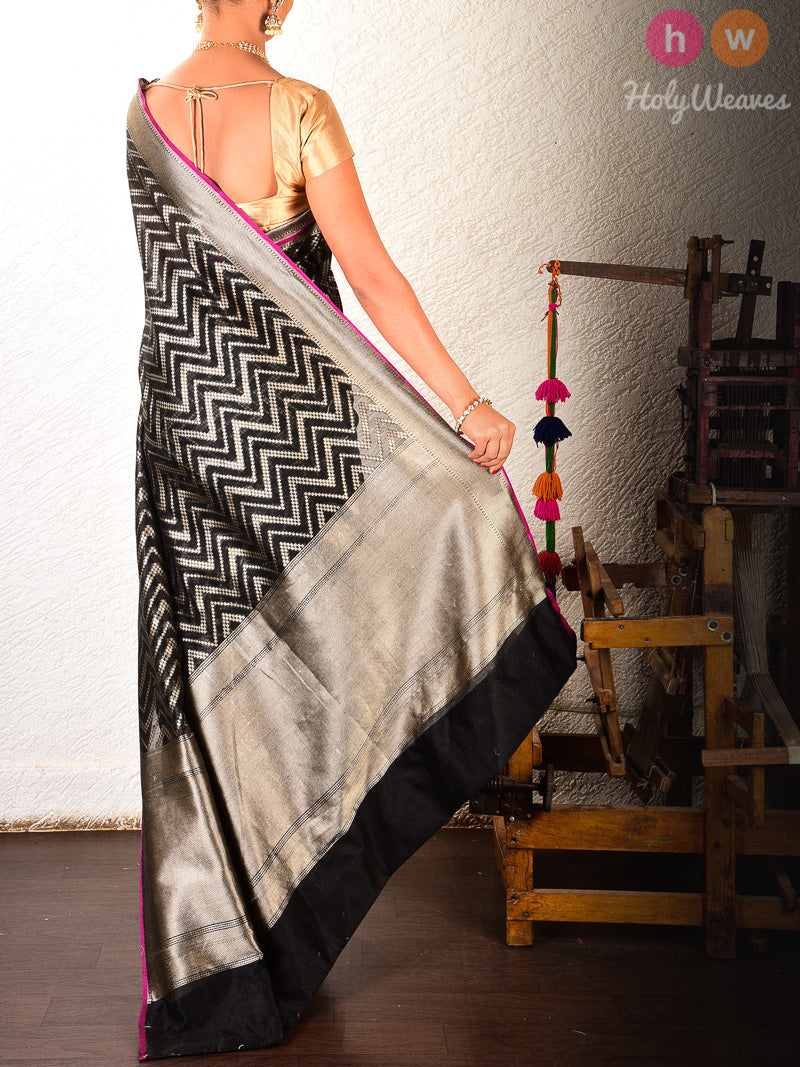Black Banarasi Cutwork Brocade Handwoven Cotton Silk Saree - HolyWeaves