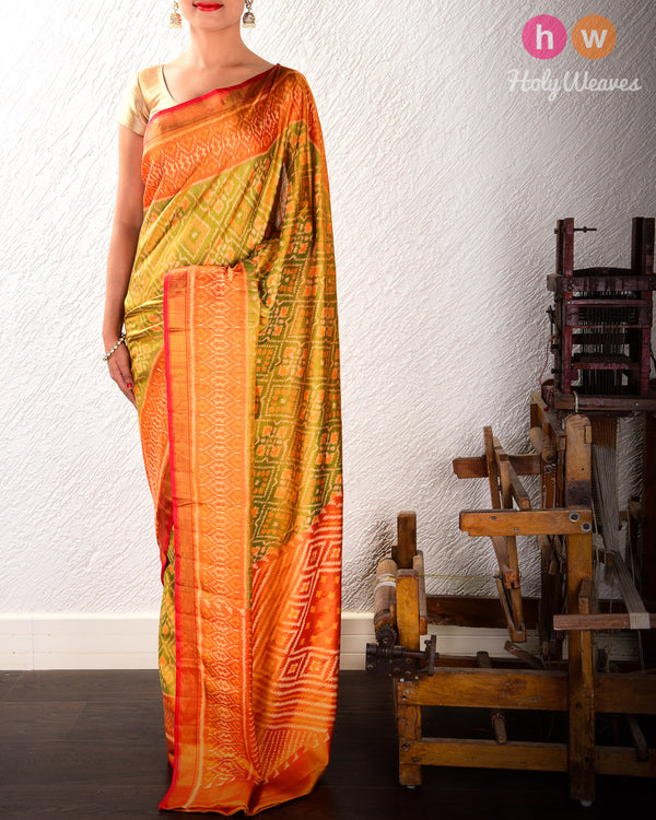 Olive Green Paan Bhat Alfi Patola Ikat Handwoven Silk Saree with Dhoop-Chhanv color effect- HolyWeaves
