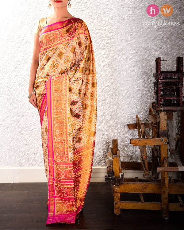 Cream Paan Bhat Tilfi Patola Ikat Handwoven Silk Tissue Saree with Dhoop-Chhanv color effect