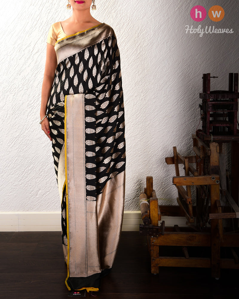 Black Banarasi Zari Buti Cutwork Brocade Handwoven Katan Silk Saree - HolyWeaves