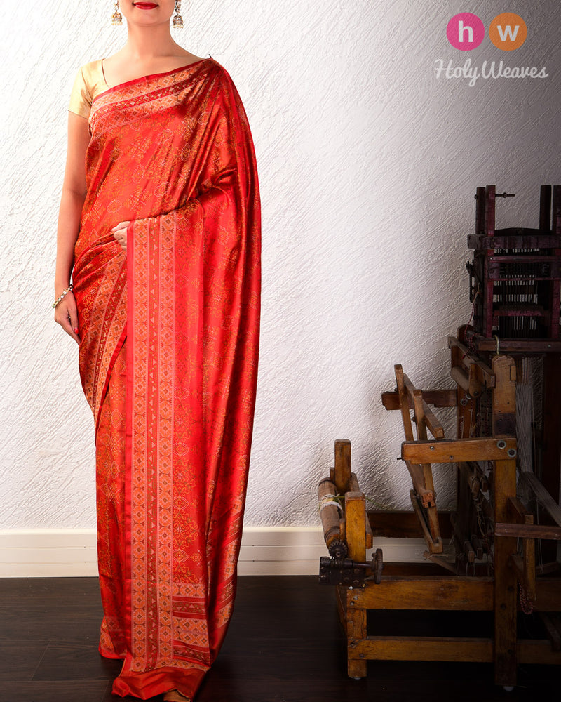 Auburn RED Banarasi Tilfi Jamawar Handwoven Katan Silk Saree with Chequered Traditional Motif- HolyWeaves