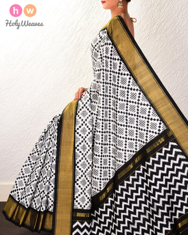 Black & White Pochampalli Gingham Double Ikat Handwoven Silk Saree - HolyWeaves