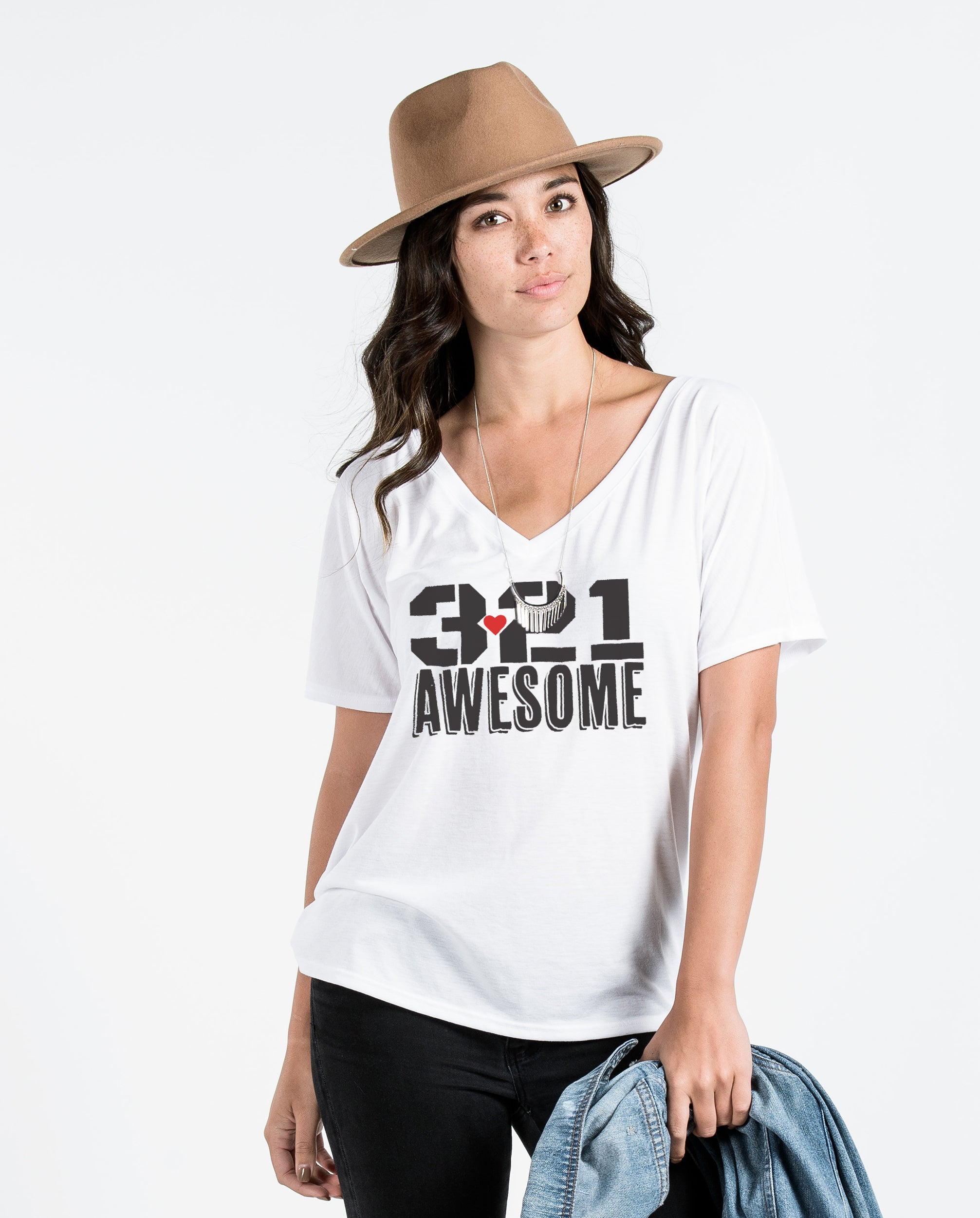 3.21 AWESOME - WOMENS FLOWY V Neck