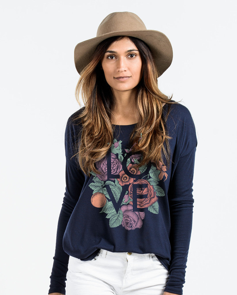 Love Flowly Long Sleeve