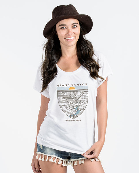 Grand Canyon Women's White Flowy Raglan