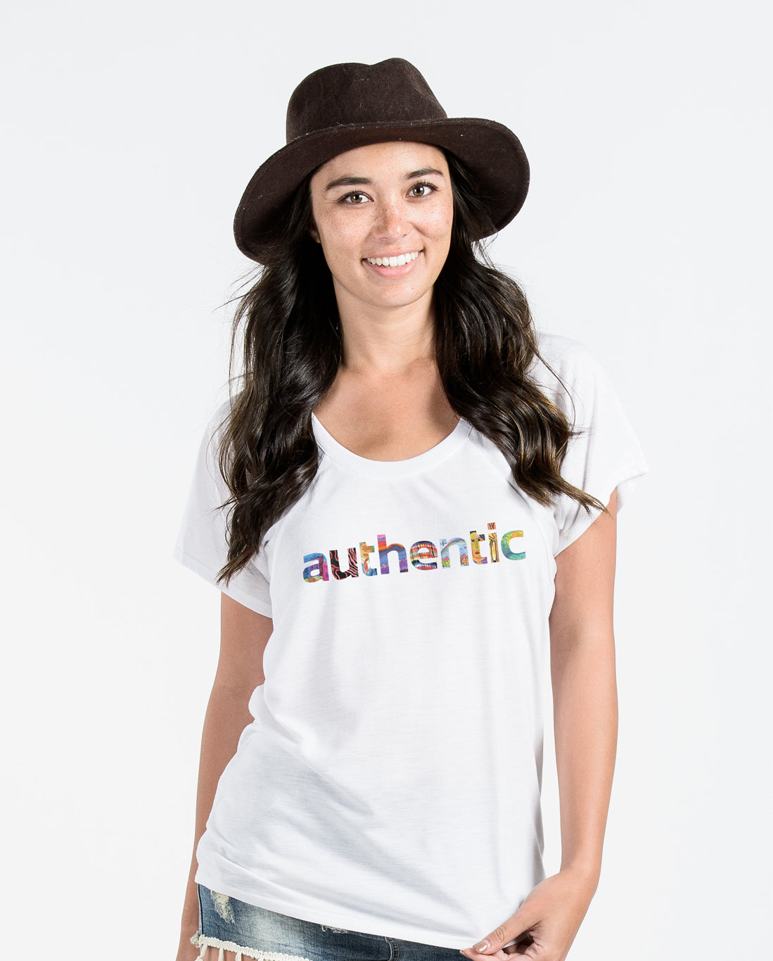 AUTHENTIC Womens White Flowy Raglan