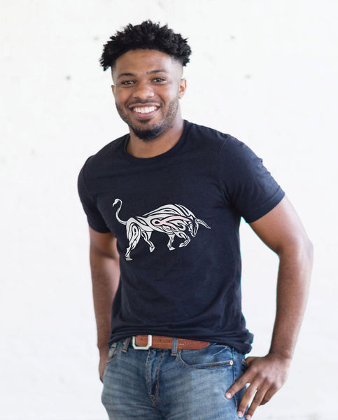 STRENGTH BULL Mens Premium Fitted Tee