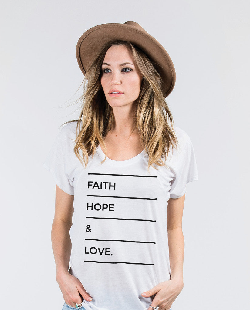 FAITH HOPE LOVE Womens White Flowy Raglan