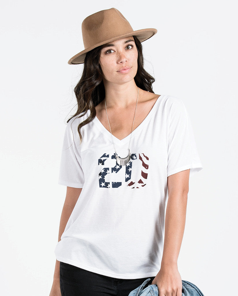20 Womens White Flowy V Neck