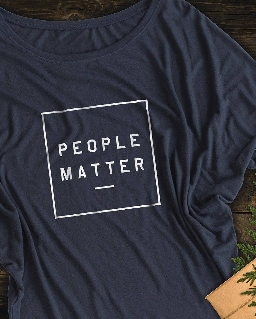PEOPLE MATTER Womens Navy Flowy Circle Top