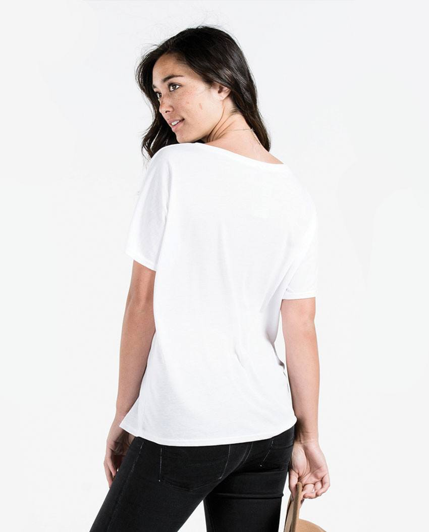 T-shirt - 22 Flowy V Neck