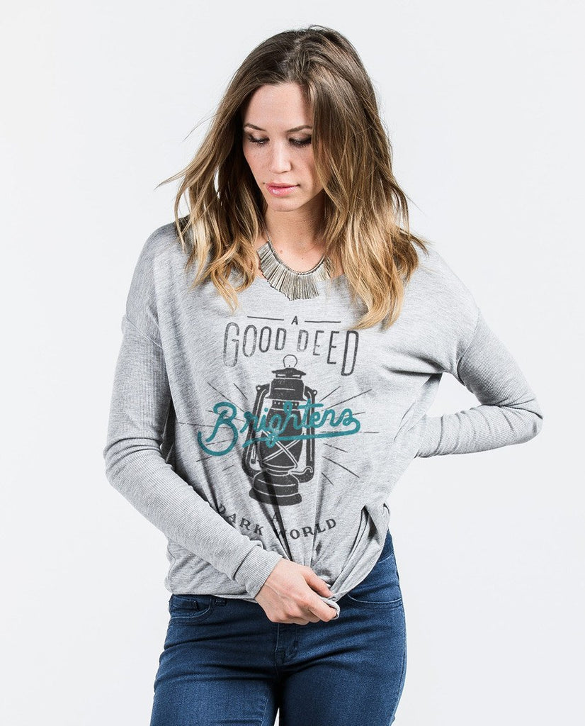 T-shirt - A Good Deed Flowy Long Sleeve Tee