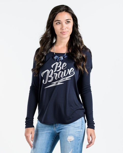 T-shirt - Be Brave Flowy Long Sleeve Tee