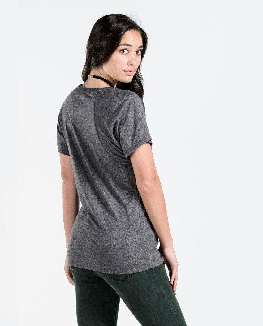 T-shirt - Dare To Be Different Flowy Raglan