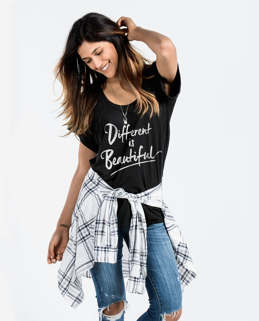 T-shirt - Different Is Beautiful Flowy Raglan
